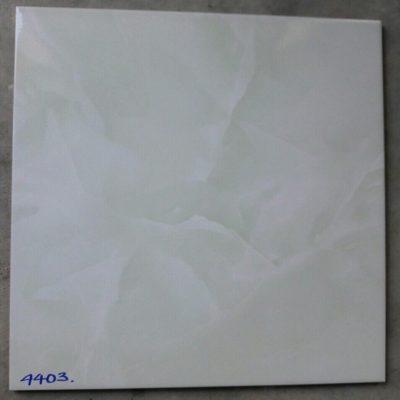 UN-4403