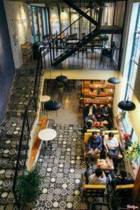 Đẹp hơn với sàn nhà quán cafe bằng gạch bông ngẫu nhiên