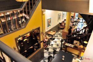 Gạch bông lục giác lát sàn quán cà phê