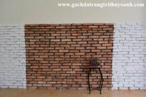 Tạo điểm nhấn cho bức tường bằng gạch cổ