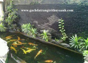 Tiểu cảnh hồ cá Koi được trang trí bàng đá suối quy cách