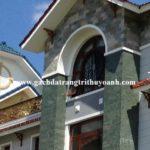 Tạo điểm nhấn cho mặt tiền ngôi nhà bằng đá xanh hải dương phẳng
