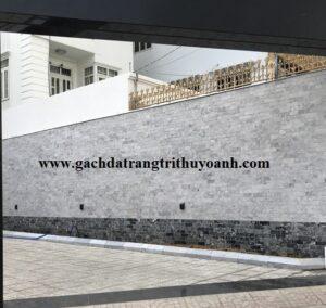 Không gian ngoại thất trang trí bằng đá mài bóng bông mai